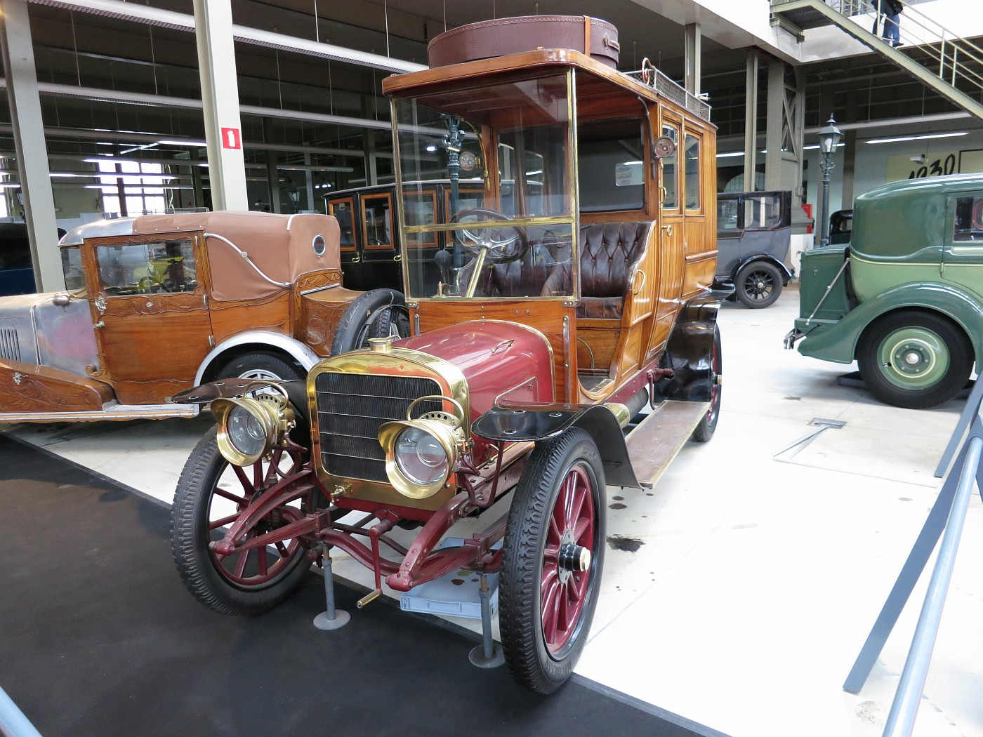 Brysselin automuseo, Autoworld Brussels