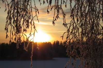Auringonlasku Nokialla talvella