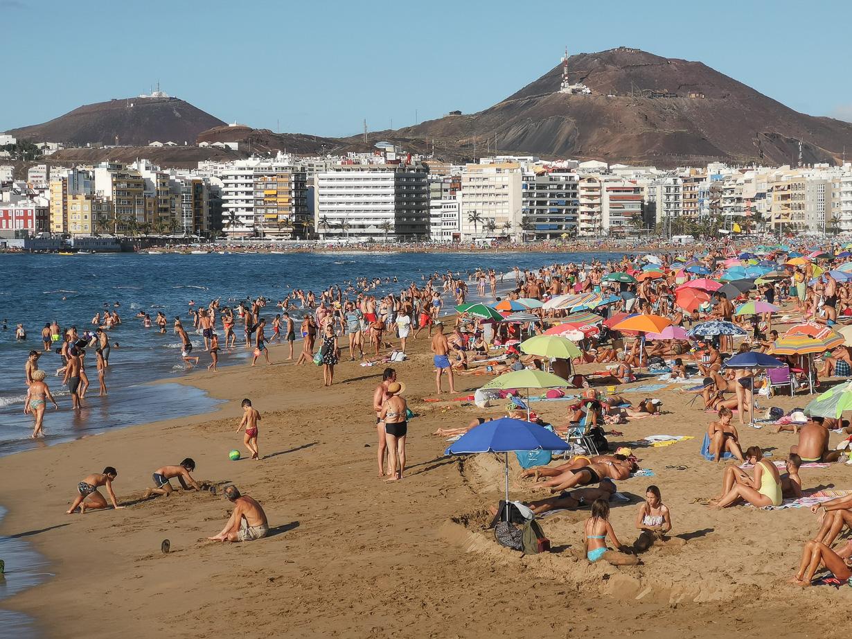 Playa Grande, Las Canteras