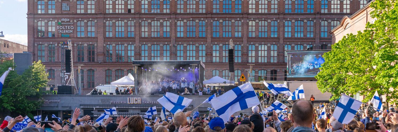 Jääkiekon MM:n juhlintaa Tampereella