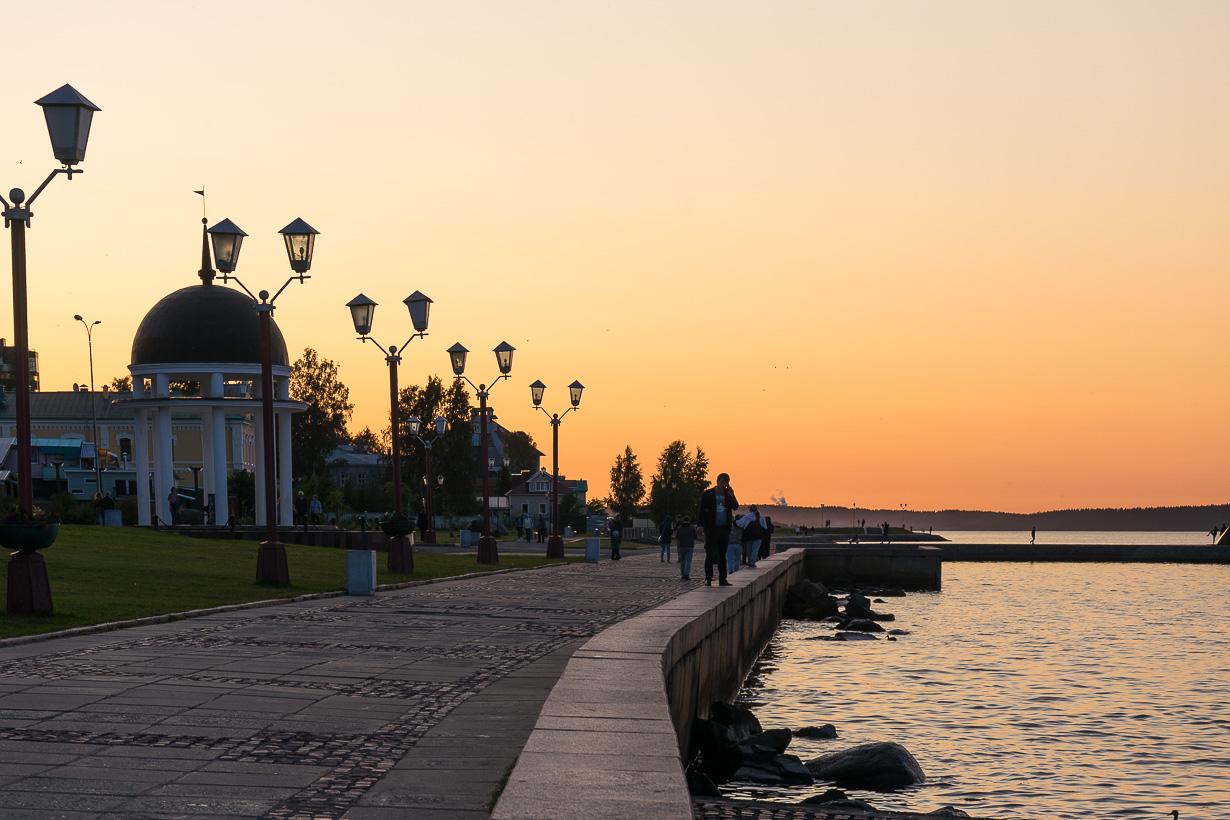 Petroskoin rantakatu, Venäjä