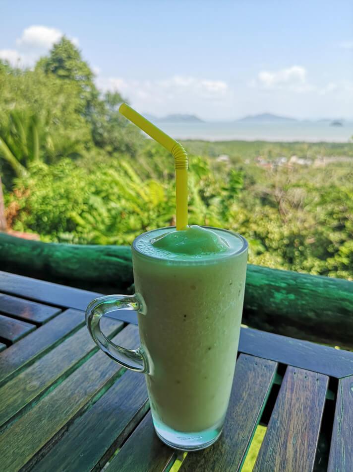 Banaanipirterö Koh Lantan näköalaravintolassa