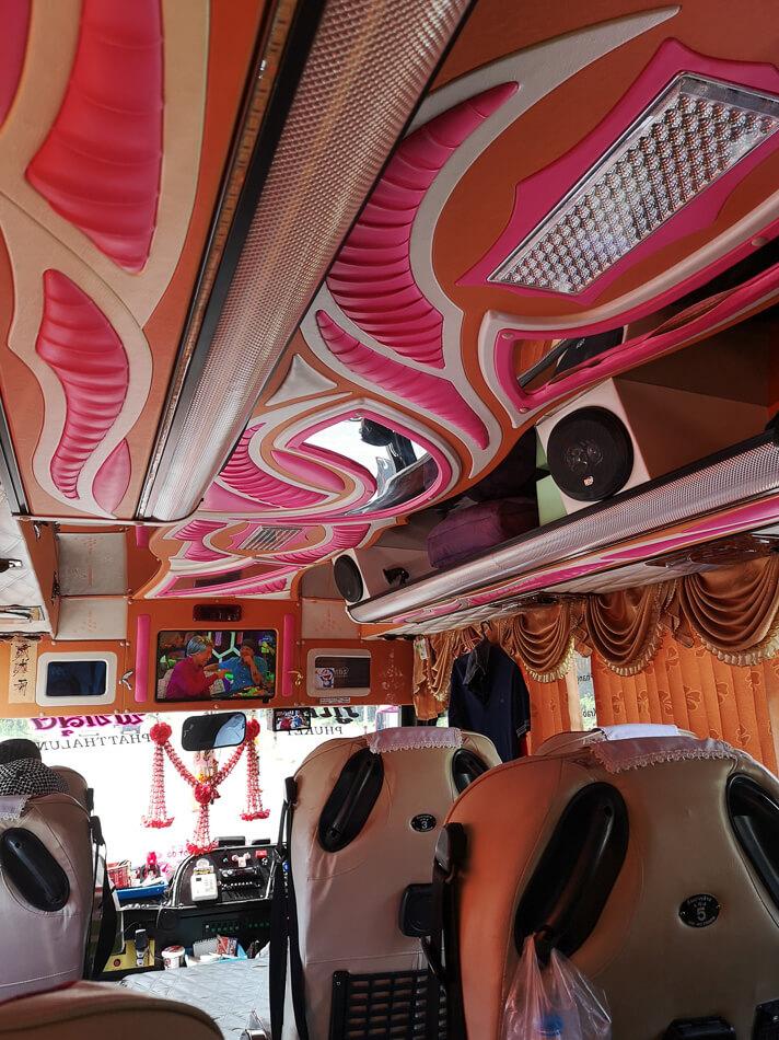 Bussi Krabilta Phuketiin