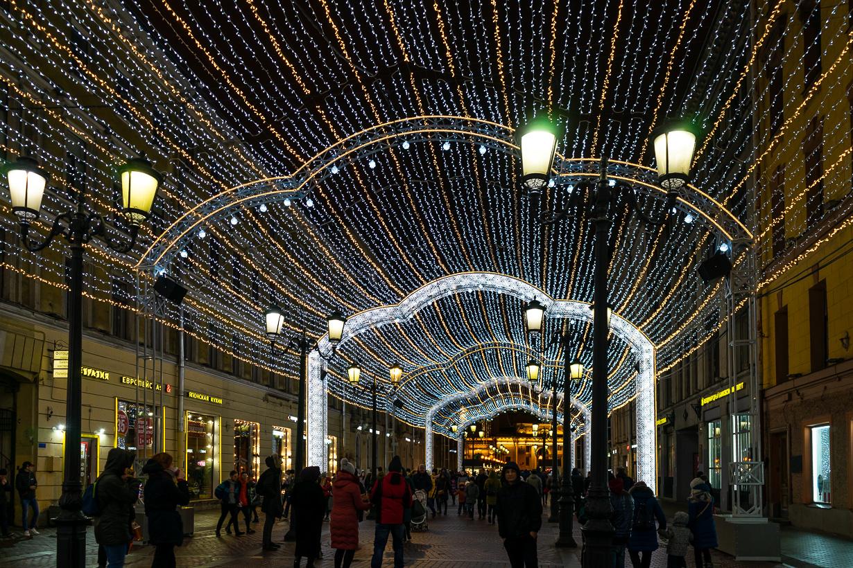 Pietarin joulumarkkinat, Malaja Sadovaja -kadun jouluvalot