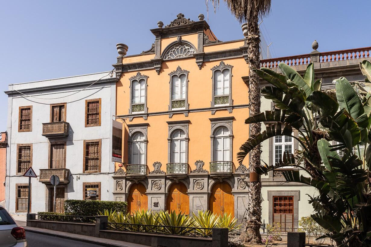 Kulttuurirakennus Ponce de Leon Pyhän Hengen aukiolla, Veguetan nähtävyydet, Las Palmas de Gran Canaria