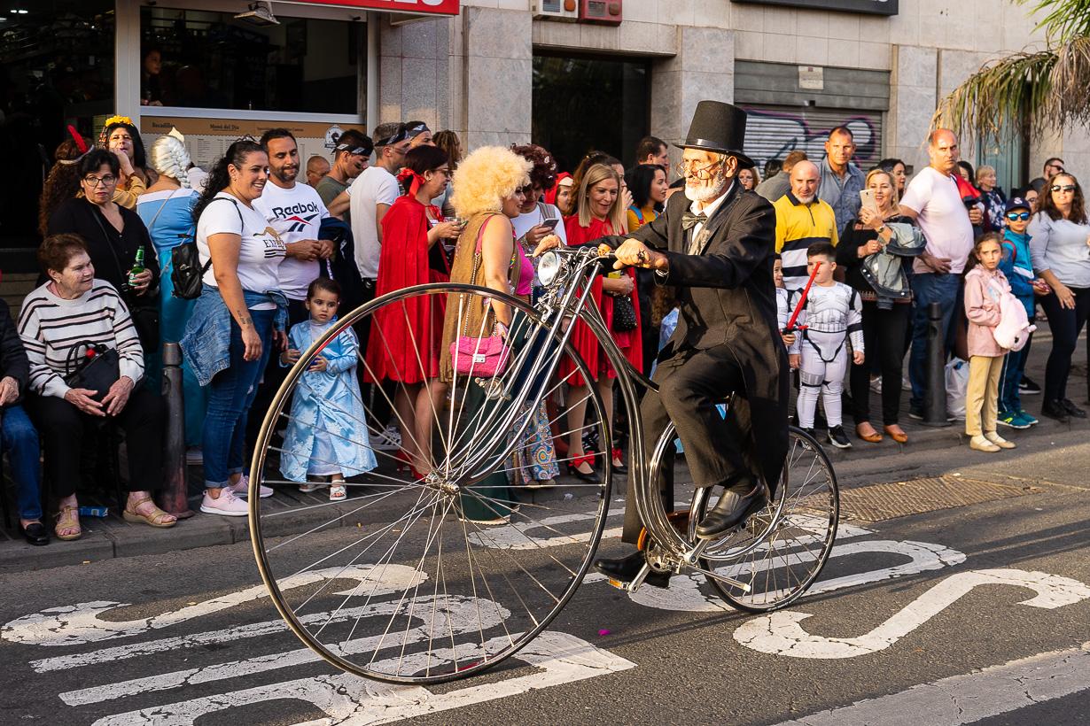 Las Palmasin karnevaalien 2020 suuri kulkue, 1800-luvun polkupyörä