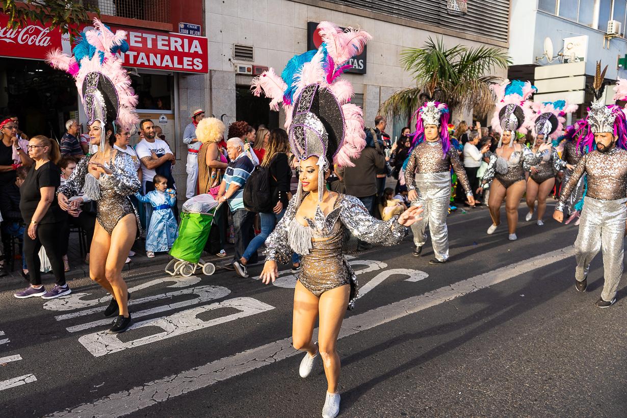 Las Palmasin karnevaalien 2020 suuri kulkue, tanssijat