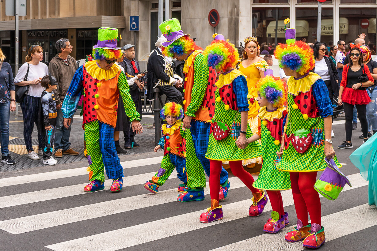 Las Palmasin karnevaalien 2020 lasten paraati, pellet