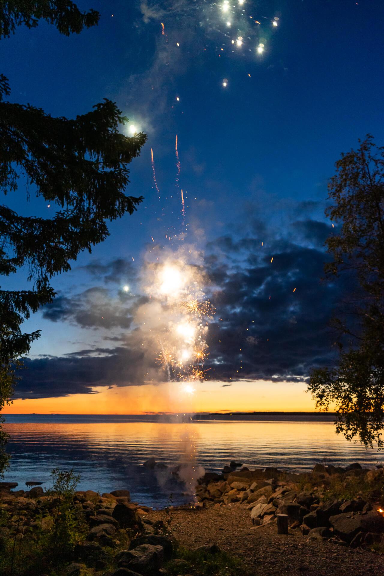 Ilotulitus vuoden 2020 venetsialaisissa Himangan Letossa