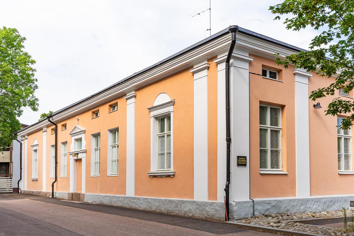 Taiteilija Hugo Simberg syntyi 24.6.1873 tässä talossa